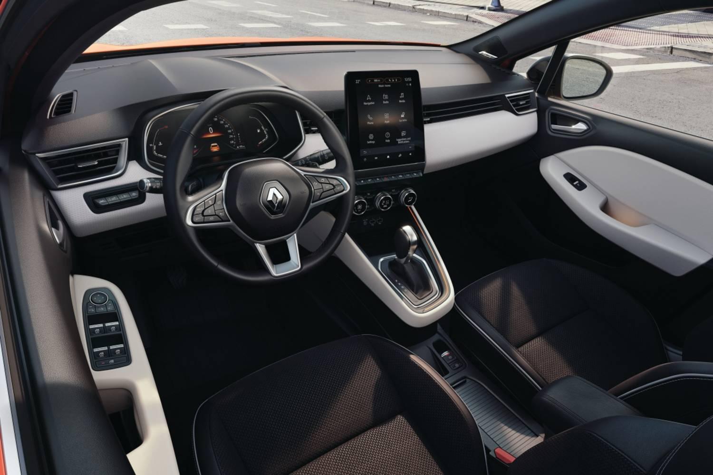 21221433_2019_-_New_Renault_CLIO.jpg