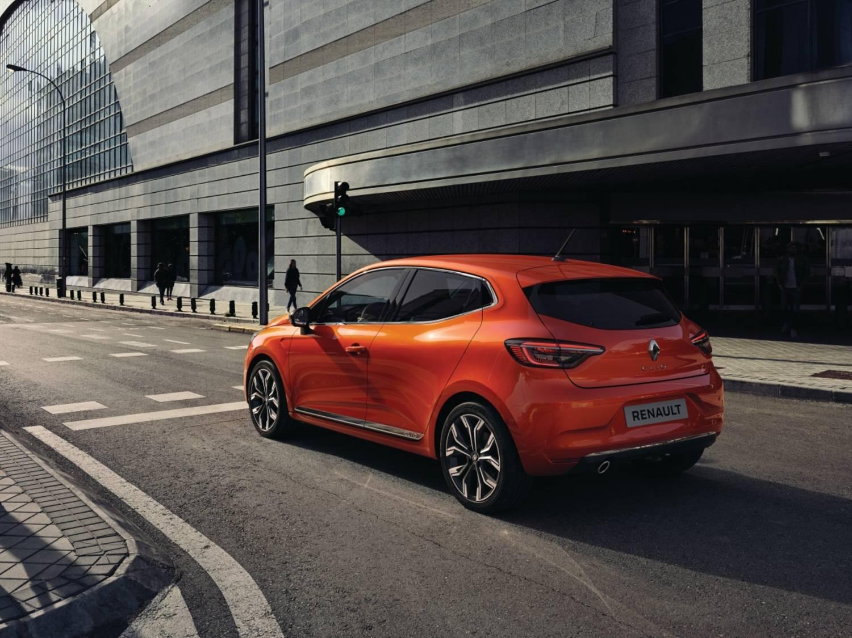 21221459_2019_-_New_Renault_CLIO.jpg